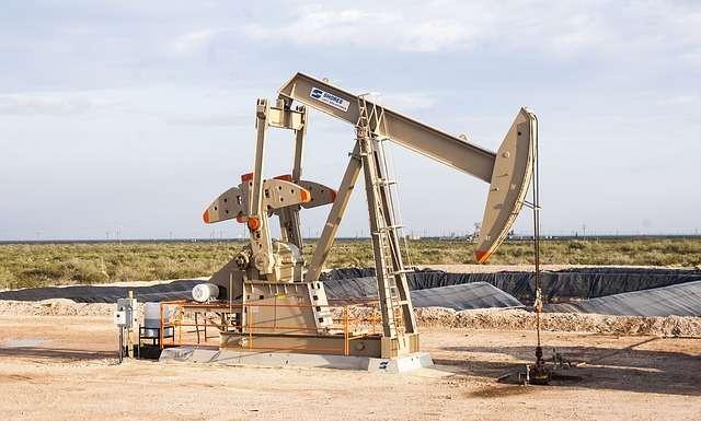 Forage pétrolier. © Génératorpowerproducts, Pixabay, DP