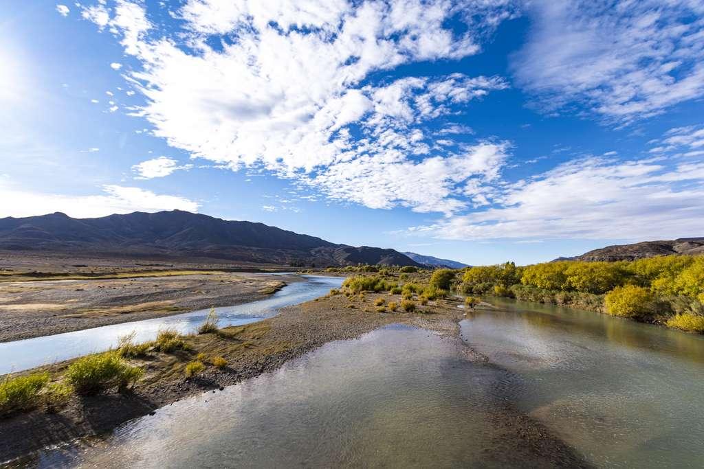 Río Chubut, fleuve traversant la province de Chubut en Argentine. © Marcelo, Adobe Stock