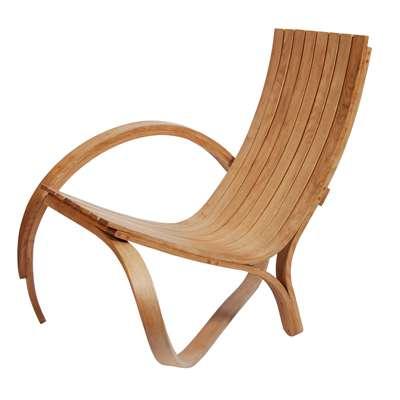 Arc Chair : une chaise fabriquée par cintrage à la vapeur