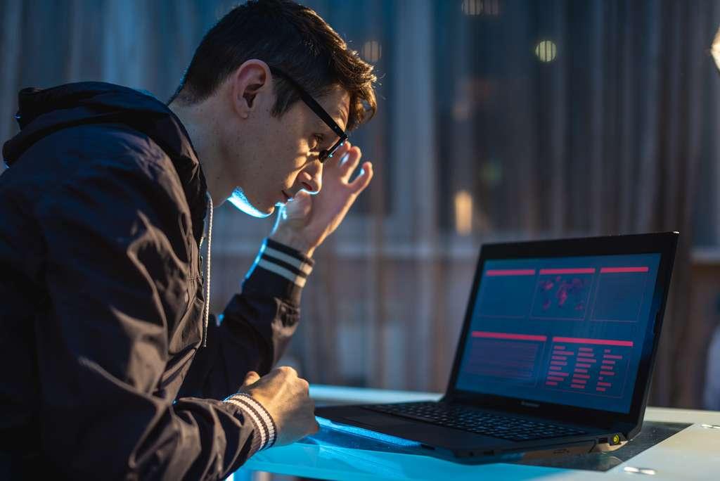 Le hacker éthique doit être avant tout un passionné d'informatique. © Artem, Adobe Stock