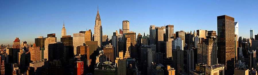 Les dix grands pays les plus riches de la planète occupent des latitudes supérieures à 30° : un hasard ?... (À l'image Manhattan New York city) © AngMoKio, CC by sa 2.5