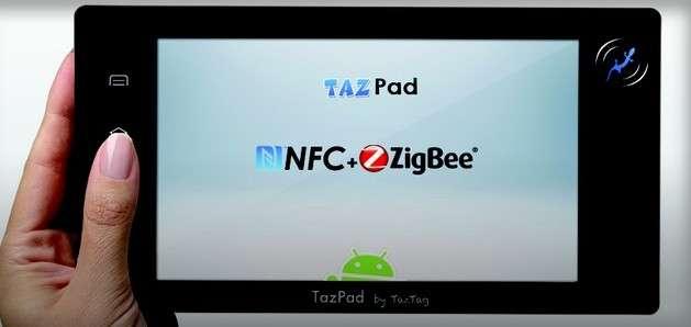 Équipé d'une puce NFC, la Tazpad NFC peut aider à réaliser un inventaire dans un entrepôt en très peu de temps ou servir à valider les achats dans une boutique. © Taztag