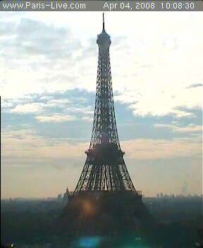 Une image d'une webcam de la Tour Eiffel