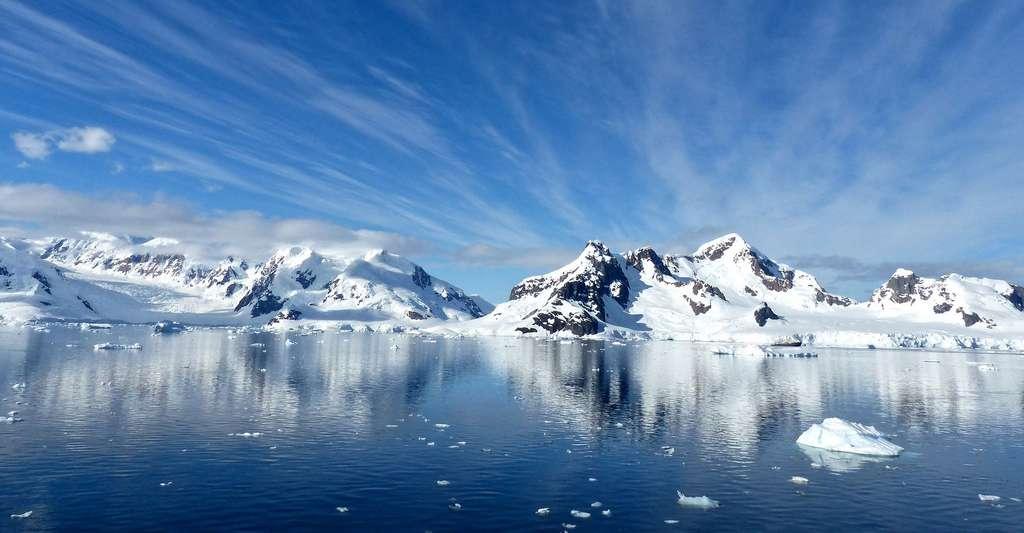 Quelle est la part de la fonte des calottes glaciaires dans l'élévation du niveau de la mer ? © jcrane, Pixabay, DP