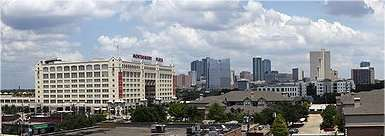 Fort Worth, comté de Tarrant, Texas. Une ville de 740.000 habitants qui a dit deux mille fois oui au forage de gaz de schiste. © CC