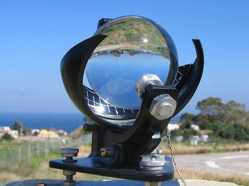 Un héliographe de Campbell-Stokes. © Victoria Fernandez Arboleya, Wikipédia, CC by-sa 3.0