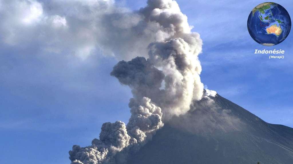 Le Merapi, un volcan indonésien très actif