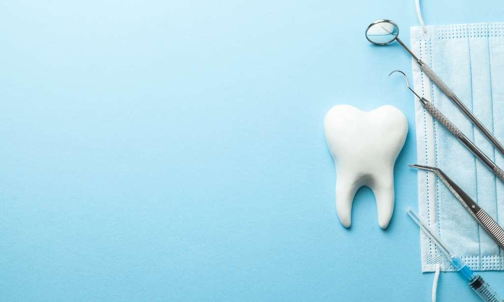 On ne pose pas un implant dentaire à un enfant ni à un adulte dont l'état général est altéré. © adragan, Adobe Stock