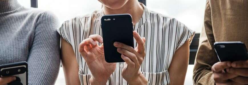 1 mois avant le Black friday, de nombreux opérateurs mobiles proposent des offres promo inédites. © Unsplash
