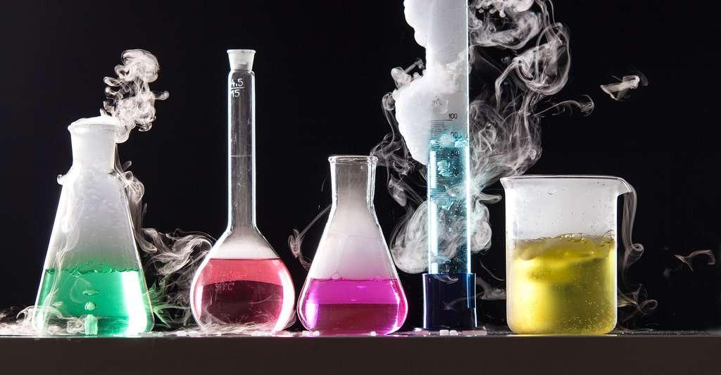 Les outils de l'alchimiste. © Michal Ludwiczak, Fotolia
