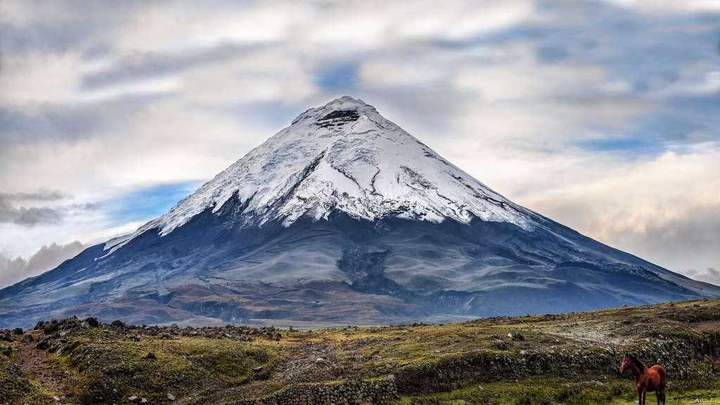 Le Cotopaxi, un volcan explosif