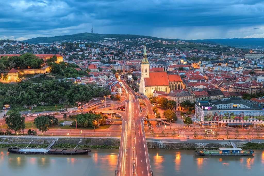 Dans la capitale slovaque, la verdure est omniprésente. © Miroslav Petrasko, Flickr