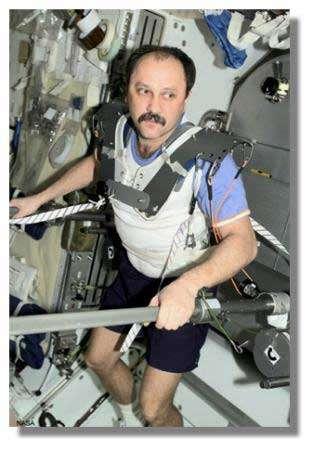 Exercice physique : éviter aux explorateurs les deux heures de pratique quotidienne auxquelles l'apesanteur les astreindrait… Crédits : NASA