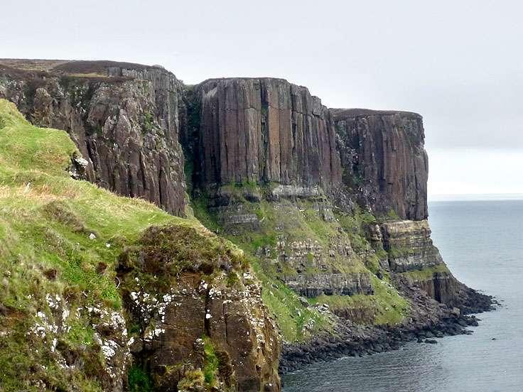 Les falaises de Staffin. © Claire König, DR