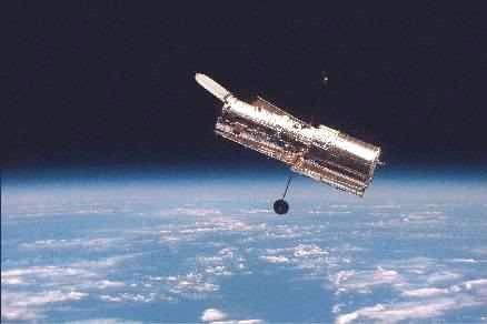 Le télescope spatial Hubble crédit : NASA/HST