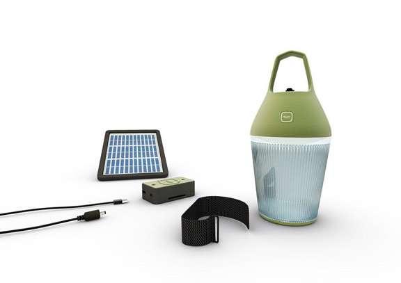 La lampe Nomad permet de faire de la lumière à partir de l'énergie renouvelable, grâce à son chargeur Turtule qui récupère l'énergie solaire. © O'Sun, Nomad