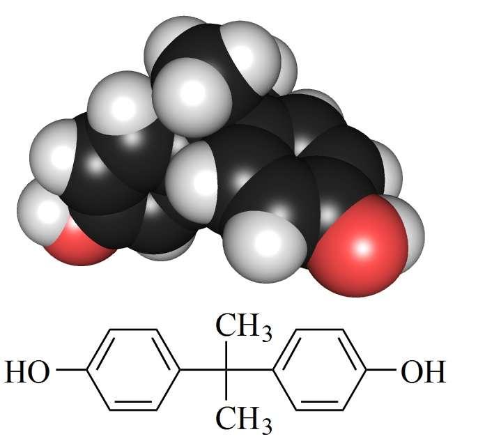 Le bisphénol A a pour formule brute C15H16O2. Il tient son nom des deux cycles phénol qui le composent. © Edgar181, Wikipédia, DP