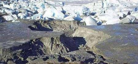 Ce qui reste du lac glaciaire de Témpanos... Images : Corporation nationale des forêts chiliennes.