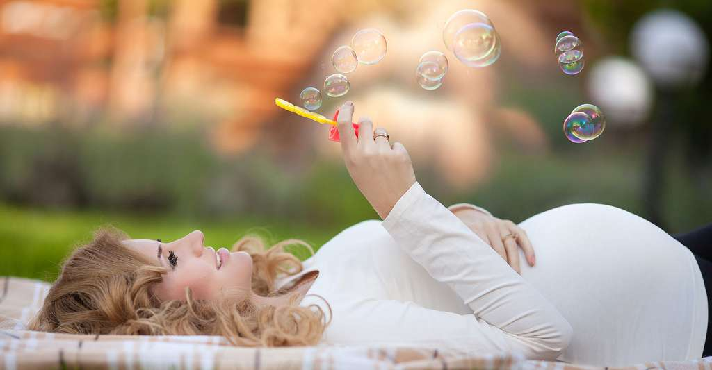 À quoi est due l'acné de grossesse ? Faut-il s'en inquiéter ? © Sofia Andreevna - Shutterstock