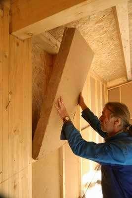 Beaucoup d'isolants peuvent être utilisés dans la réalisation d'une maison BBC. © DR