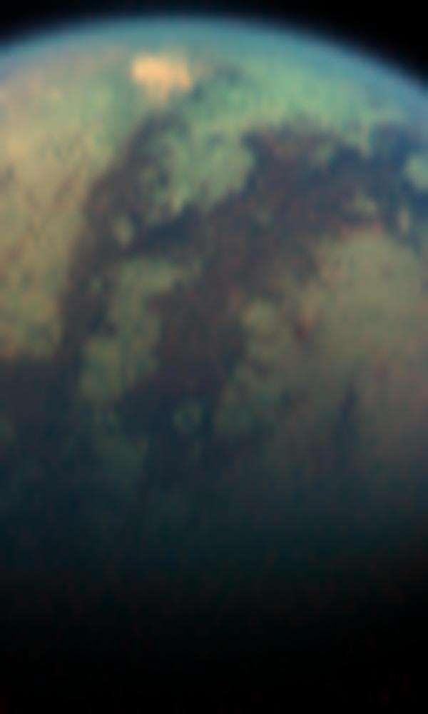 Anomalie thermique sur Titan ?