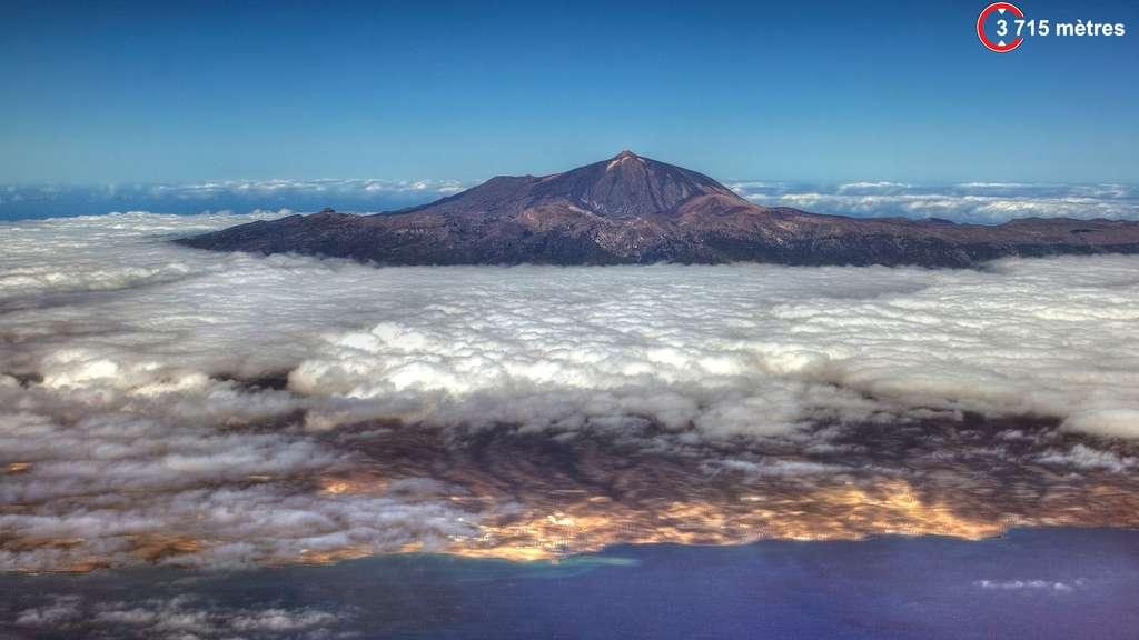 Le pic du Teide, aux Canaries