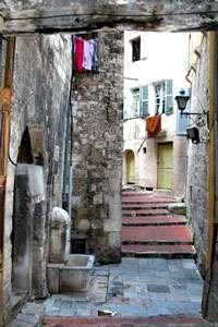 Une petite rue du Midi. © DR