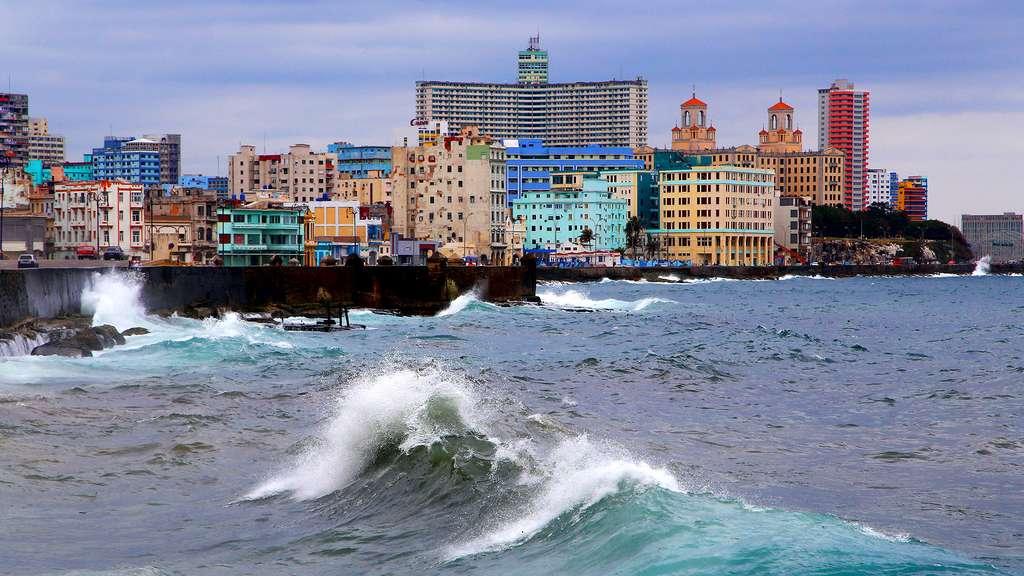 Malecon, l'immense jetée de La Havane