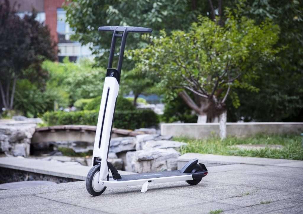 Look résolument futuriste pour la Segway Ninebot Air 15T. © Segway Ninebot