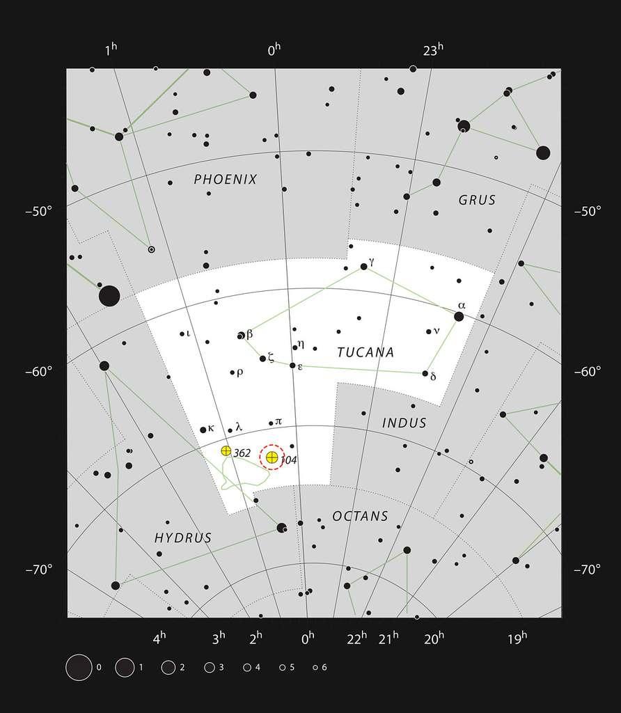 Ce schéma montre l'emplacement de l'amas globulaire 47 Tucanae dans la constellation du Toucan. Il affiche la plupart des étoiles visibles à l'œil nu dans de bonnes conditions. La localisation de 47 Tucanae, ou NGC 104, est précisée par un cercle rouge sur l'image. Cet amas est un objet très brillant dans le ciel et il peut être vu sans instrument télescopique. © ESO, IAU, Sky and Telescope