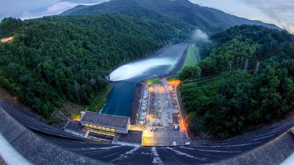 Fontana, le plus grand barrage de l'est des États-Unis