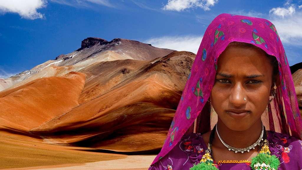 Une jeune musulmane chercheuse d'eau, dans le désert du Thar, en Inde