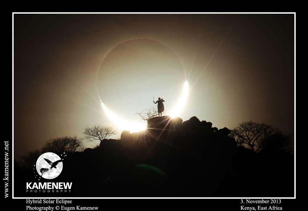 Éclipse hybride du Soleil