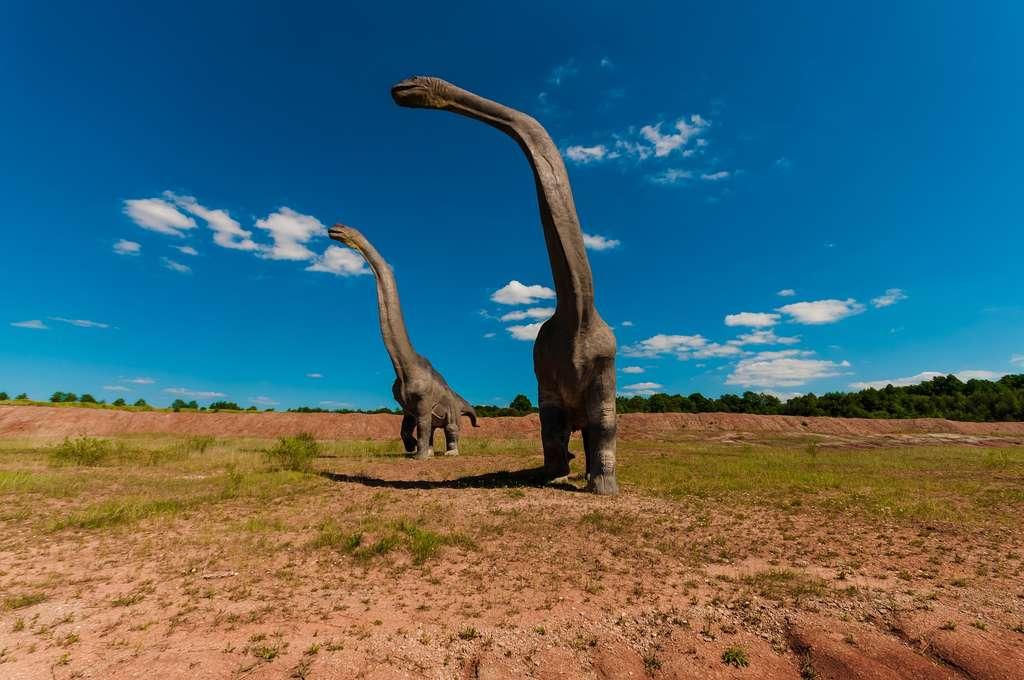 Même en supposant qu'on arrive à recréer un dinosaure, il n'est pas sûr qu'il s'adapterait à notre monde actuel. © Dariusz Sankowski, Pixabay