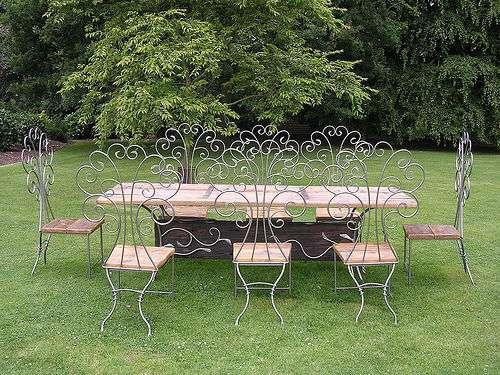 Les jardins ont droit à des meubles spécialement pensés. © Squirmelia / Flickr - Licence Creative Common (by-nc-sa 2.0)