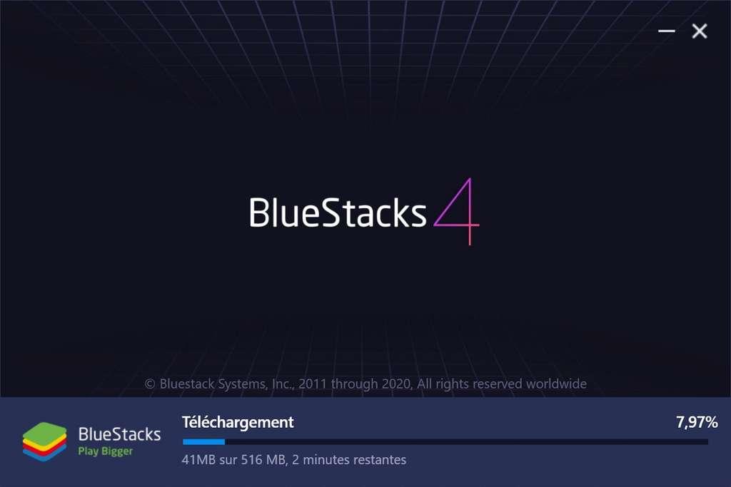 Téléchargement des fichiers d'installation d'Android. © Bluestacks Systems Inc.
