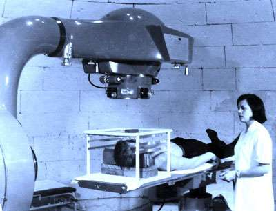 Bombe au cobalt dans les années 1960 au Centre François Baclesse de Caen ©CFB
