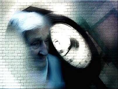 En France, environ 600 000 personnes souffrent d'Alzheimer et 850 000 d'une maladie apparentée. © Pixabay, DP