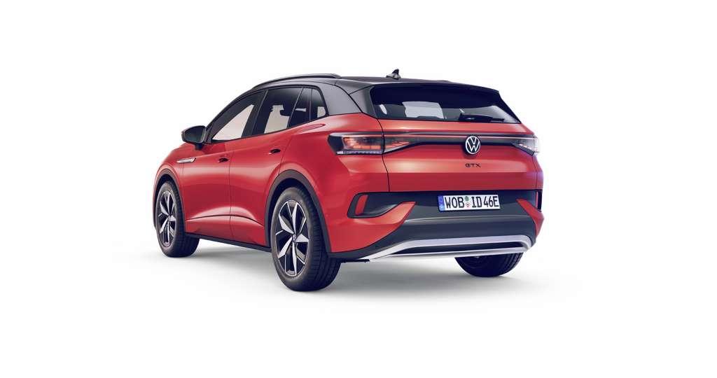 En la parte trasera, el Volkswagen ID.4 GTX luce luces LED 3D.  © Volkswagen