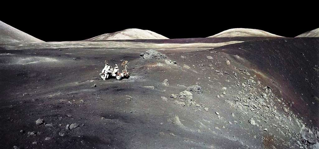 Une vue du cratère Shorty lors de la mission Apollo 17. © Nasa