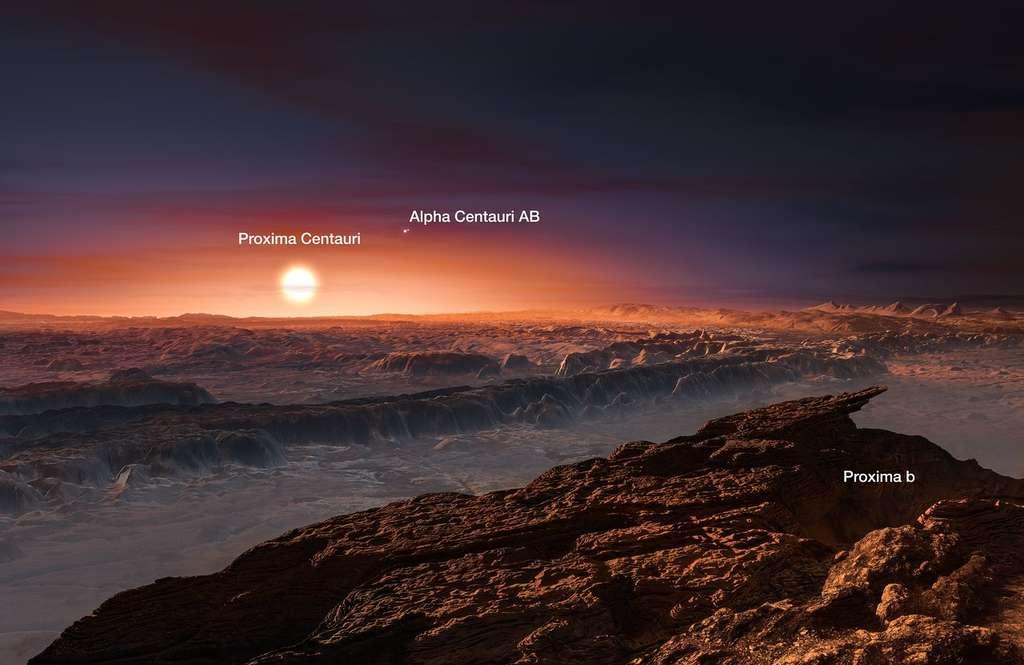 À quoi ressemble la surface de Proxima b ? Il y a de grandes chances pour que la planète soit rocheuse. Vue de sa surface, son étoile Proxima Centauri apparaîtrait trois fois plus grande dans le ciel que le Soleil vu de la Terre. Plus loin, deux étoiles sont visibles : Alpha Centauri A et B. © ESO, M. Kornmesser
