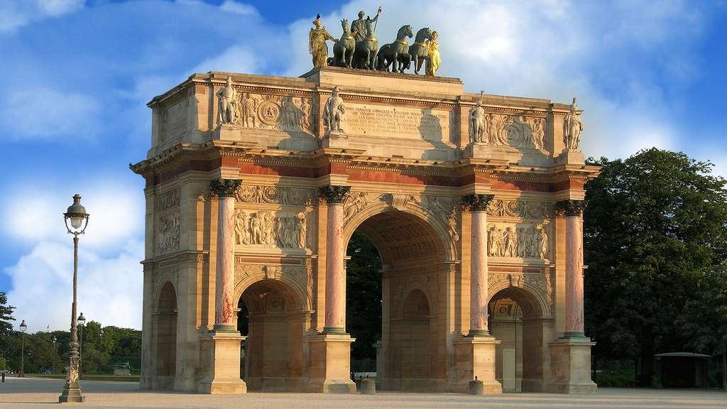 L'arc de triomphe du Carrousel, ancienne porte de palais