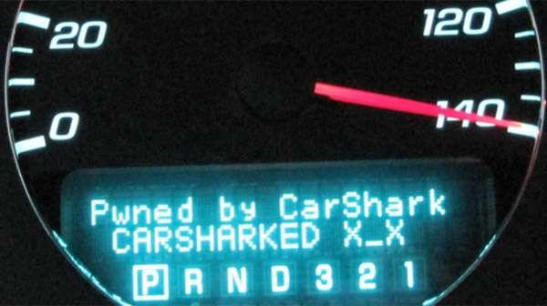 Le logiciel Carshark vient de prendre le contrôle de l'électronique de bord et se fait connaître par un message digne d'un pirate informatique. © Experimental Security Analysis of a Modern Automobile