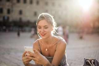 Bon plan forfait mobile : le forfait 30 Go à 9,99 €/mois valable à vie et deux mois d'abonnement offerts sur SFR