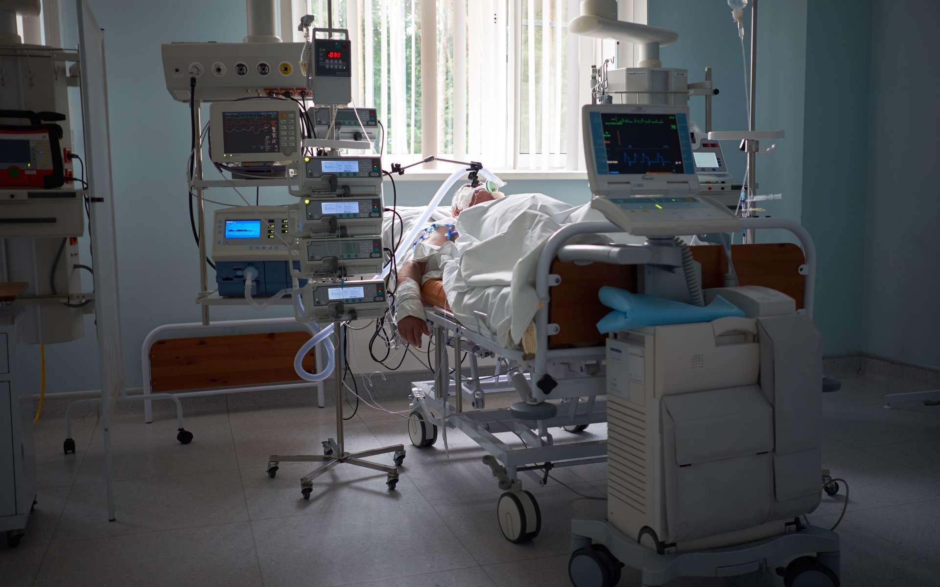 La Covid-19 a un taux de mortalité 3 fois plus élevé que la grippe saisonnière. © Kiryl Lis, Adobe Stock