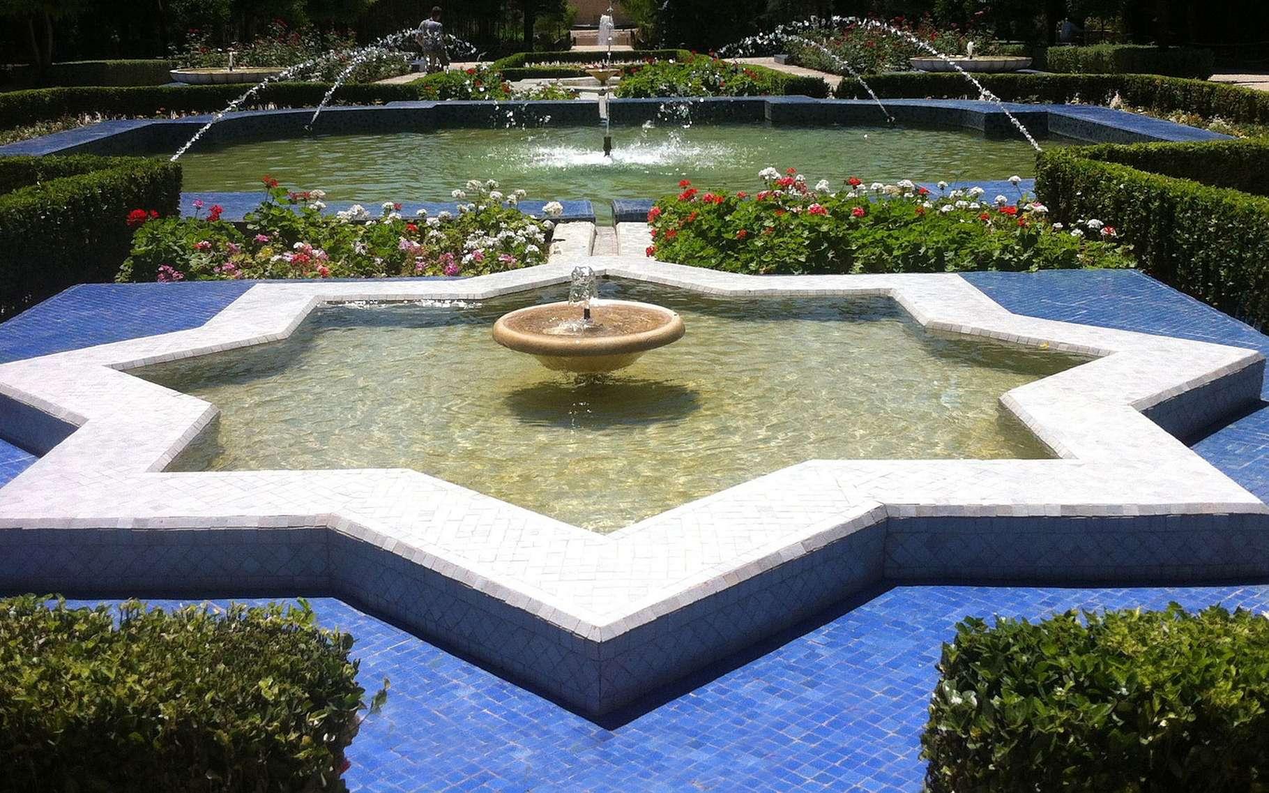 Construire Son Bassin De Jardin bassin de jardin préformé : choix de la forme et des