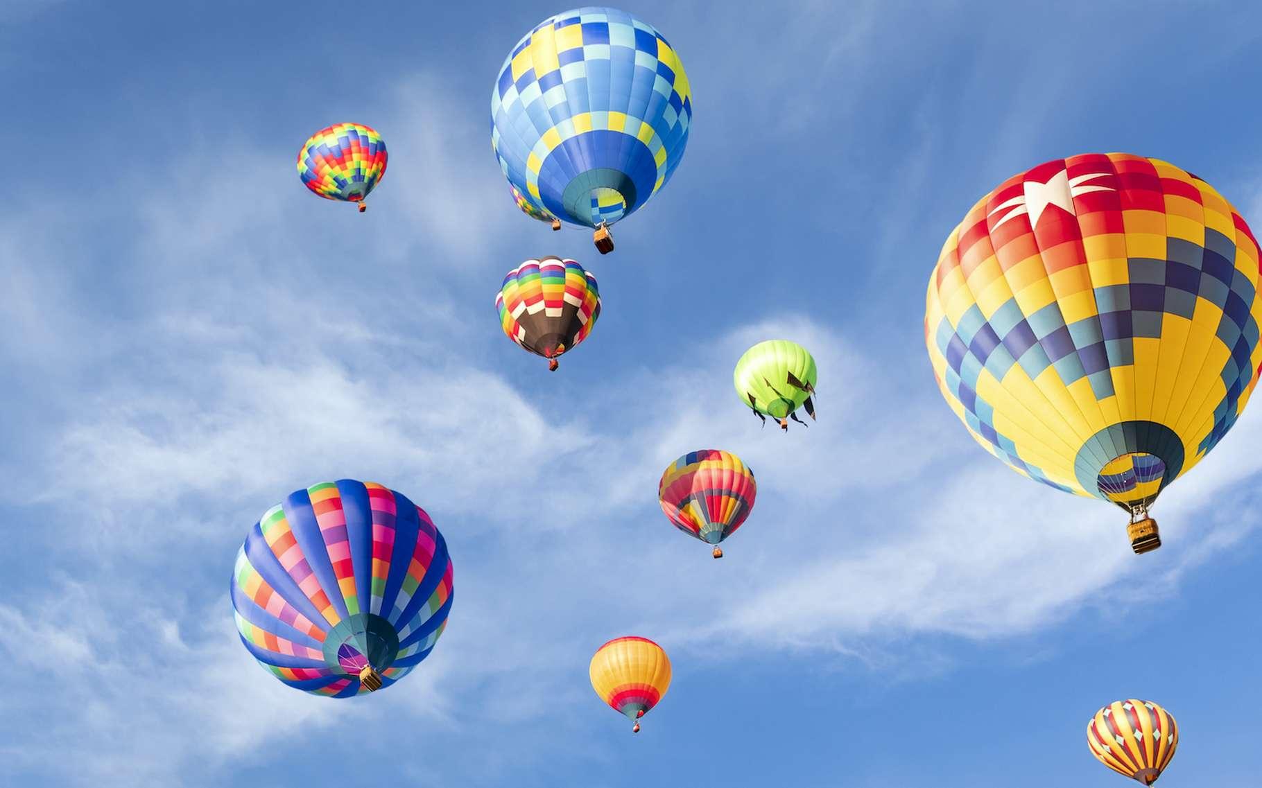 La France est riche en paysages qui valent la peine d'être découverts à bord d'une montgolfière. © Mariusz Blach, Adobe Stock