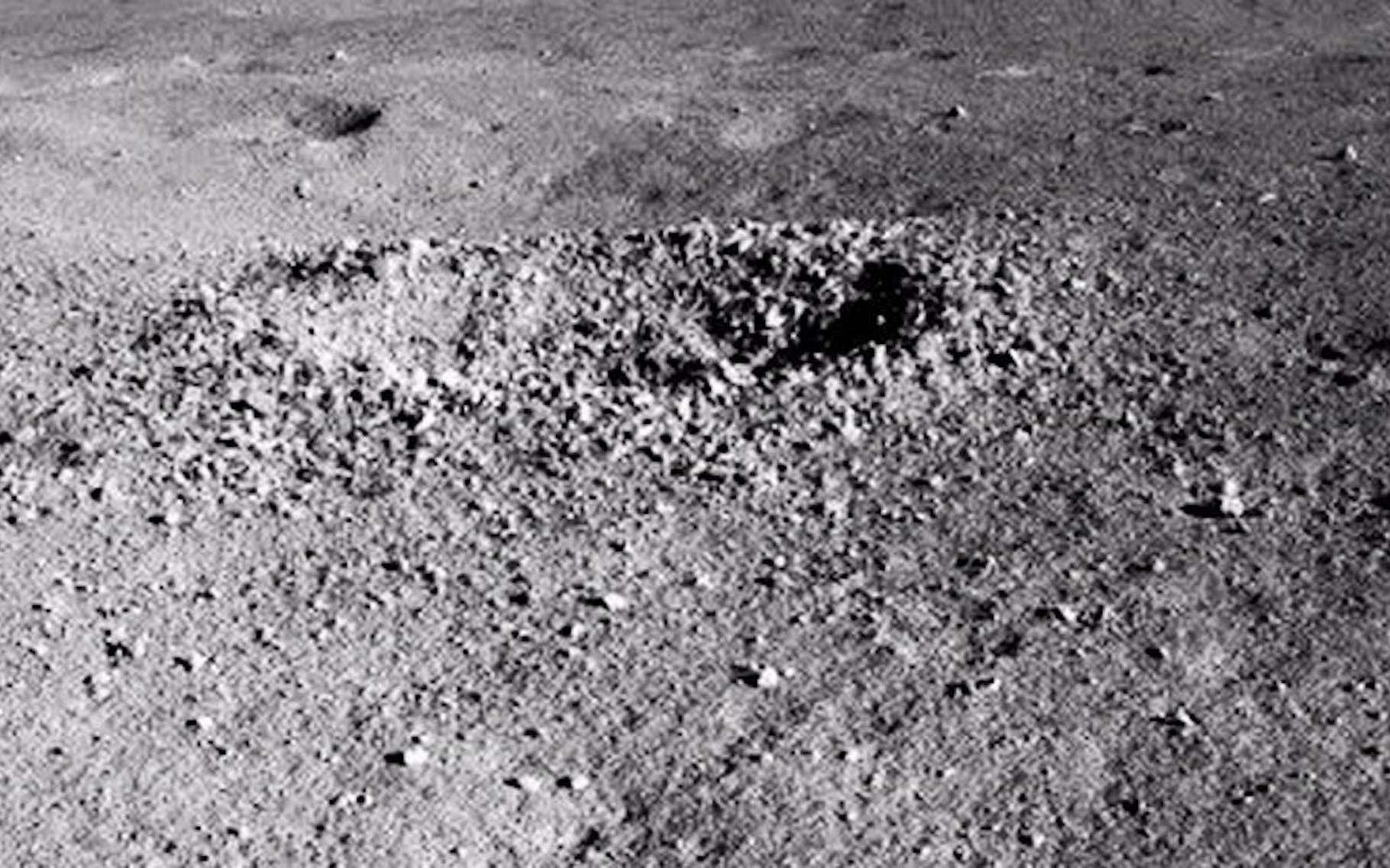La substance étrange trouvée sur la face cachée de la Lune enfin identifiée