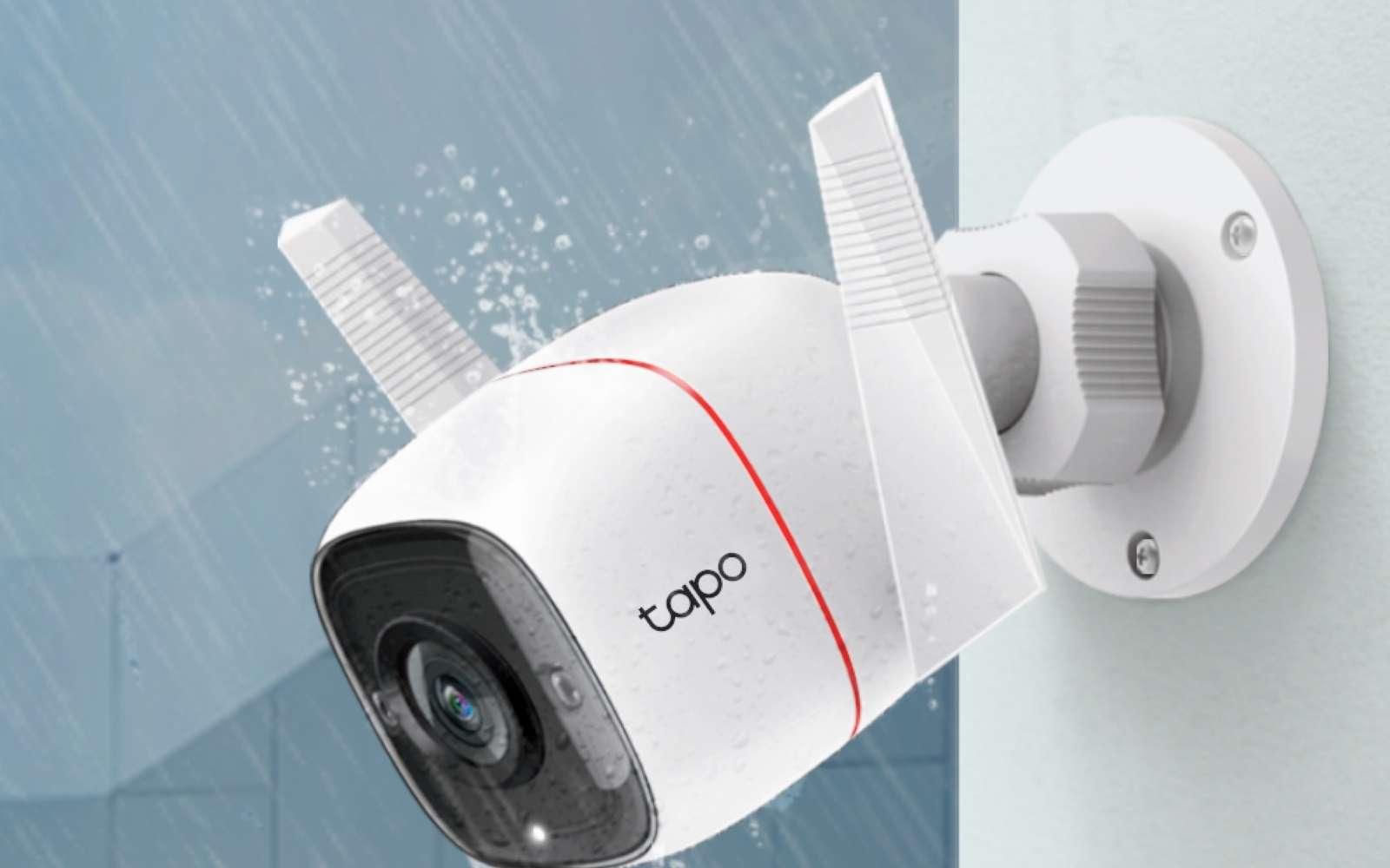 La caméra Tapo C310 est faite pour l'extérieur et supporte la pluie ou la poussière sans souci. © Futura