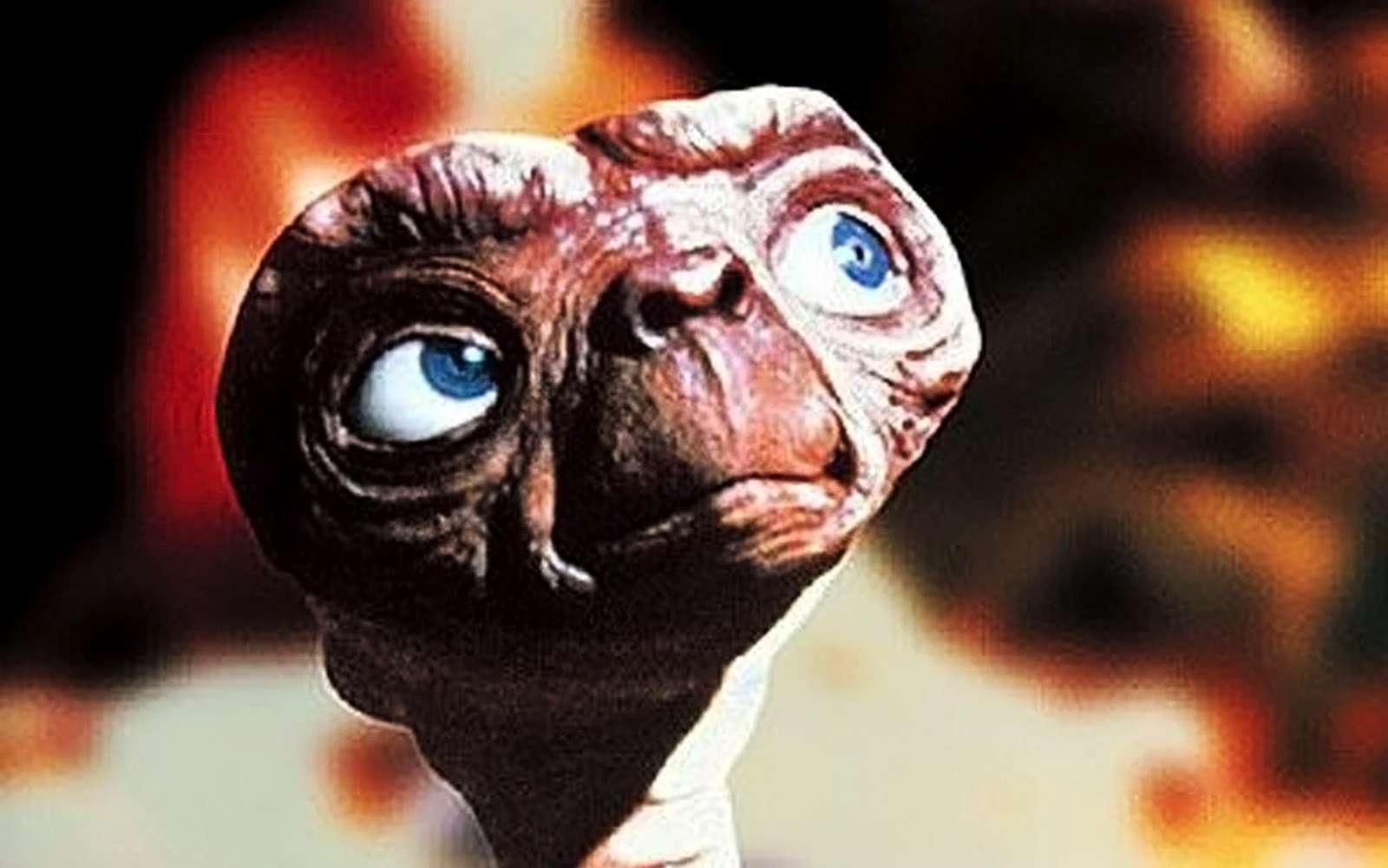 E.T. est l'un des extraterrestres de fiction les plus célèbres. Comment savoir combien de civilisations avancées peuplent le ciel ? © DR
